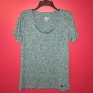🌺4/$20 Nike dri fit tee